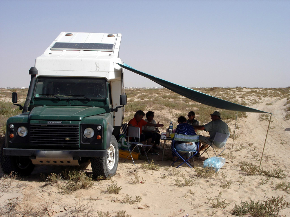 Defender 110 et cellule Azalaï